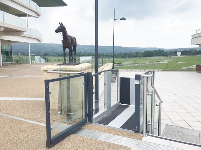 Lifts for Racecourses