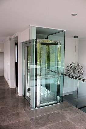Glass Domestic Lift