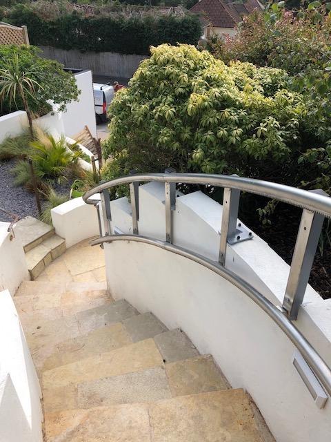 Curved Platform Lift