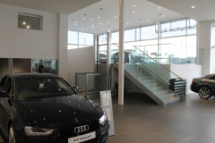 Commercial Lift for Car Showroom