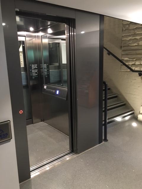Theatre Lift
