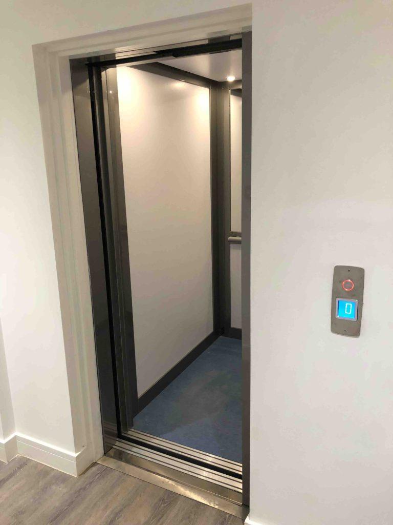 Lift in Flats - Kings Lodge