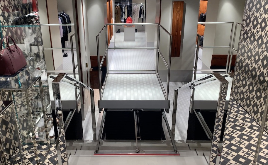 The hidden lift has detachable handrails to prevent users from fall off of the platform