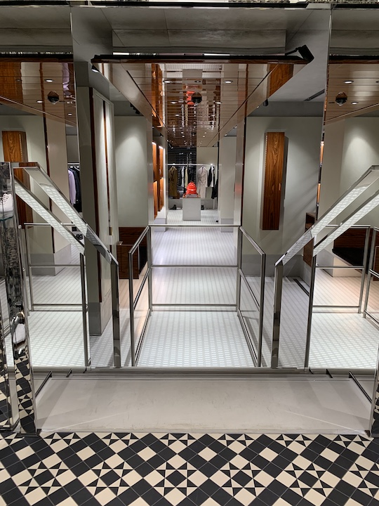 The lift links two parts of the boutique together, making it accessible for every visitor